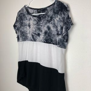 Rue 21 Medium Blouse